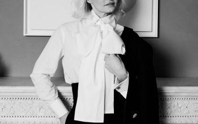 """"""" Il lusso di avere addosso pezzi unici e non facilmente identificabili"""" Karl Lagerfeld"""